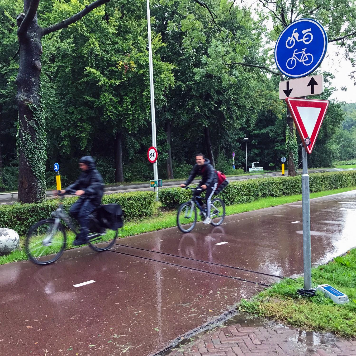 Amsterdam: Monitoring cycling